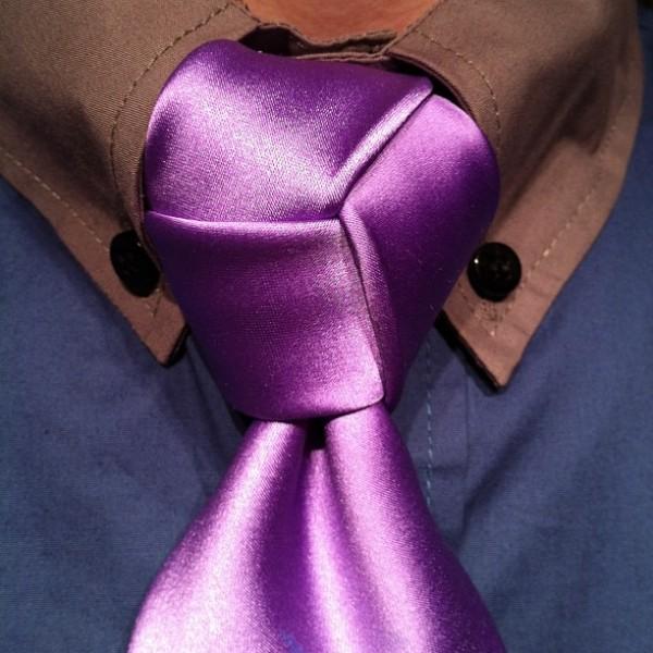 nod la cravata